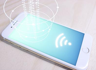 お店のWi-FiやスマホのBluetoothで簡単にポイント付与ができます。